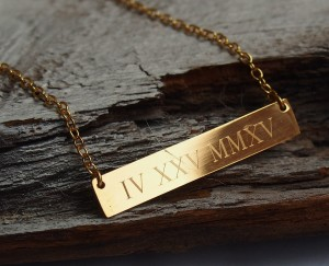 anniversary-necklace-roman-numeral